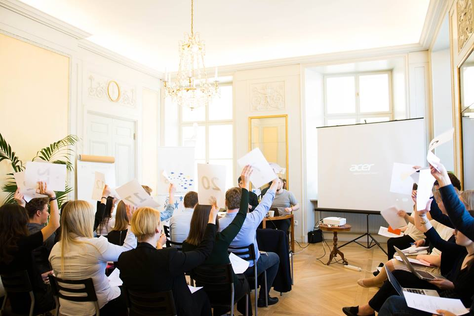 Policies-_-Meeting-Minutes